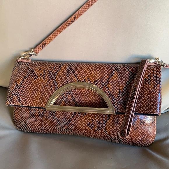 White house black market versatile handbag